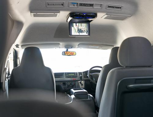 Deluxe-13-seater