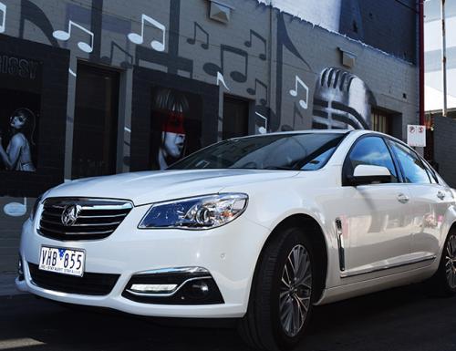 Holden-Calais-Sedan-Limousines